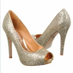 Badgley Mischka 6 Gold Humbie Glitter Pumps Sequin